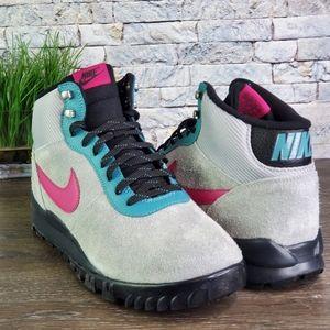 New Nike Hoodland